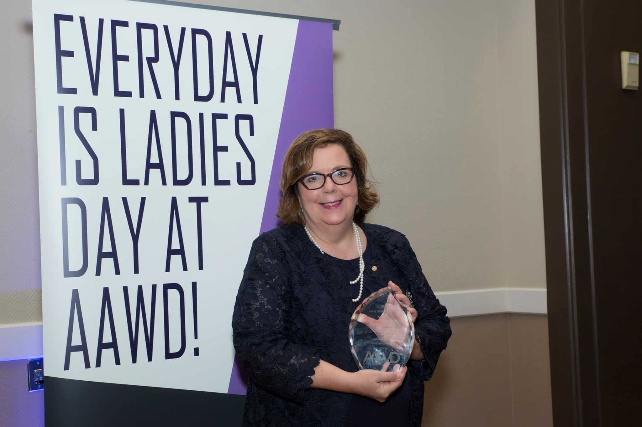 2017 Lucy Hobbs Taylor Award Presented to Dr. Maxine Feinberg